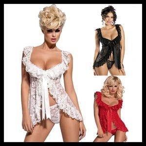Plus Size Red, Black Or White Lingerie With Panty